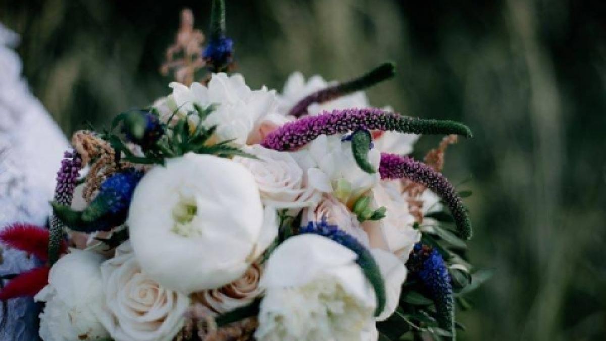 najpiekniejsze-bukiety-slubne-propozycje-pracowni-florystycznej-weddingstory