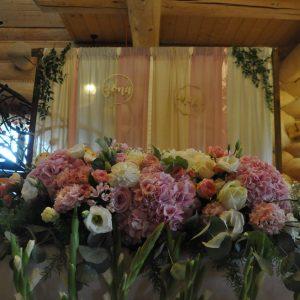 dekoracja-stołu-prezydialnego-lublin