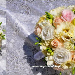 delikatne-odcienie białego-z-dodatkiem-róży