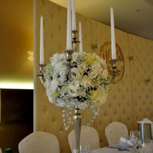 kandelabr-świeczniki-dekoracja-stołu