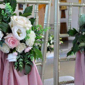 kompozycje-kwaitowe-dekoracja-kościoła-wesele-ślub-florystyka